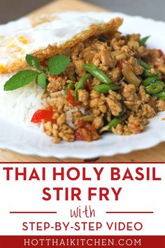 "A cult favourite, ""pad gaprao"" or ""pad krapow"" is one of the most popular dishes in any Thai restaurants, and also in Thailand! Minced chicken is stir-fried with aromatic holy basil and served with crispy fried egg. Easy, authentic, and delicious! #thairecipe Easy Asian Recipes, Healthy Recipes, Healthy Meals, Ethnic Recipes, Thai Cooking, Asian Cooking, Popular Thai Dishes, Thai Fried Rice"
