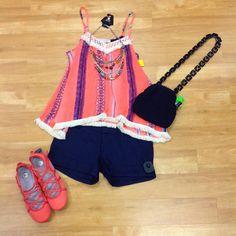 #cm #cmstyle #style #clothes #mentor #clothesmentor #clothesmentorsarasotasouth  Total: $71.25 Top: $9.00 (s) Shorts: $18.00 (0) Necklace: $6.00 Purse: $16.25 Shoes: $22.50 (8.5)