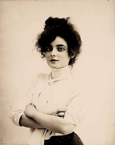 "jessicasuniquegiftshop: "" Silent Film Actress Marie Doro, 1902. """