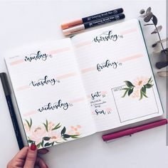 "1,421 Likes, 27 Comments - Roz • bullet journal•studygram (@rozmakesplans) on Instagram: ""Yes, I'm reading completely different books than I was supposed to. No surprise there.…"""