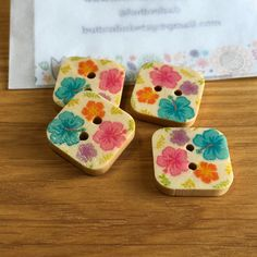 Square Floral Patterned Wooden Buttons: Pack of 4 buttons Flower Petals, Floral Flowers, Pretty Photos, Button Flowers, Wooden Hearts, Summer Kids, Your Girl, Baby Wearing, Dressmaking
