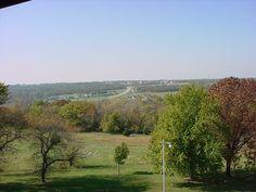 Shawnee/Lenexa Kansas .. one side of the street is Shawnee, across to the other is Lenexa