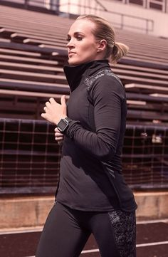Get to where you're going in the CALIA™ by Carrie Underwood Women's Journey Reflective Half Zip Running Long Sleeve Shirt. Made with moisture-wicking and antimicrobial properties, this shirt keeps you dry and fresh. A reflective print boosts visibility an Calia By Carrie, Women's Sports Bras, Carrie Underwood, Gym Wear, Fitness Apparel, Active Wear For Women, Long Sleeve Shirts, Long Shirts, Workout Outfits