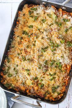 Pasta Bake Recipes Taco Ideas For 2019 Easy Pasta Salad Recipe, Baked Pasta Recipes, Easy Salad Recipes, Baking Recipes, Taco Pasta Bake, Pasta Casserole, Healthy Sour Cream, Spinach Bake, Stuffed Shells Recipe