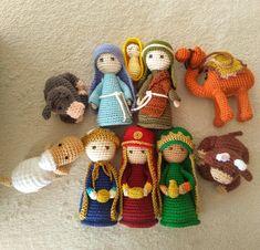 Christmas Advent Wreath, Christmas Nativity Scene, Crochet Christmas Ornaments, Christmas Crochet Patterns, Christmas Crafts, Advent Wreaths, Christmas Tables, Modern Christmas, Scandinavian Christmas