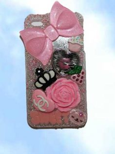 iphone 4 case.  A sweek whimsy in pink with a mirror. One-of-a-kind , handcrafted. www.wowever.com  $24.95