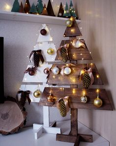 Easy methods to brighten the home for the brand new yr. … – Home Decoration Christmas Place, Woodland Christmas, Christmas Mood, Diy Christmas Ornaments, Christmas And New Year, Christmas Decorations, Xmas, New Years Decorations, Festival Decorations