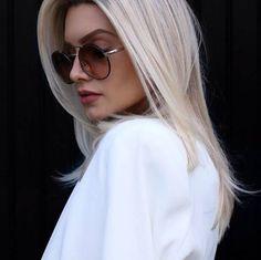 Óticas Wanny Curtir esta página · 22 de setembro ·    Uau! Amamos a linda foto da @bianca_petry  O óculos é o queridinho #Prada  #oticaswanny #biancapetry #oculosprada