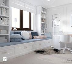 Niebiańsko! Pokój dziecięcy - Średni pokój dziecka dla dziewczynki dla nastolatka, styl klasyczny - zdjęcie od LUDWEE Pracownia Architektury Wnętrz