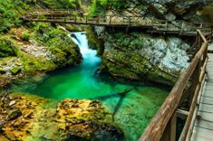 Picture of Vintgar gorge and wooden path,Bled,Slovenia stock photo, images and stock photography. Best Places To Travel, Places To See, Monuments, Wooden Path, Lake Bled, Reisen In Europa, Green River, Explorer, Stock Foto
