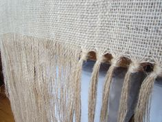 knotted burlap runner....no sew!