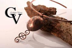 Collar de cobre texturado #joyasdecobre realizado por Cobre Vivo