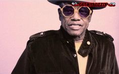 "Bobby Womack Clash Magazine Cover Shoot ""Hang On In There"" 