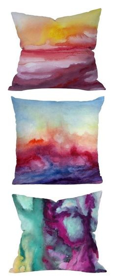ways to make Abstract Art projects One of the coolest mermaid DIY abstract art pins I've ever seen hands down.One of the coolest mermaid DIY abstract art pins I've ever seen hands down. Food Pillows, Diy Pillows, Throw Pillows, Decorative Pillows, Fabric Painting, Fabric Art, Fabric Crafts, Ice Painting, Watercolor Fabric