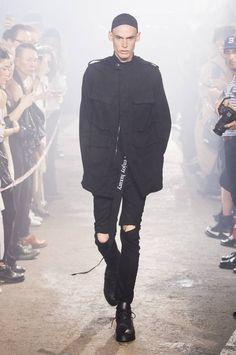 Julius Spring-Summer 2017 - Paris Fashion Week #PFW