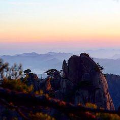 #tbt to this stunning sunrise #sunrisehike