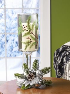 Paint a pretty candle holder for the holidays -- or giving as a gift. Tutorial at Paint Me Plaid.