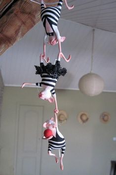Ratrobats - these remind me of the circus mice in Coraline.