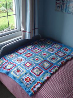blue granny Granny Oma deken Haken I made this one, and love it!!