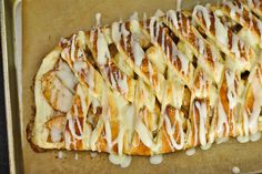 Ooooh! Spiced Apple Danish Braid  like a warm blanket on a cold day :)