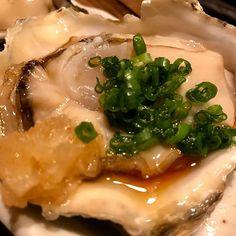 WEBSTA @ saporin_0109 - ポン酢verでおかわり🍶#生牡蠣 #牡蠣#カキハンター#ポン酢#とり貝 #貝好き #寿司屋飲み #oysters #shell #japanesefood #tokyo