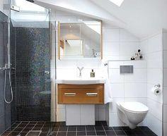 kylpyhuone-mustavalko-mosaiikki
