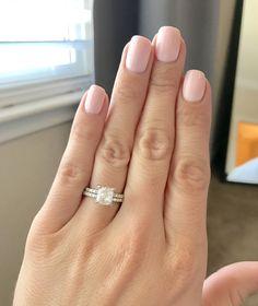 My gorgeous wedding ring! And my nails - Daisy - 550 - Coral Castle, FL Shellac Designs, Acrylic Nail Designs, Nail Art Designs, Acrylic Nails, Coral Castle Florida, Florida Nails, Red Barns, Fall Nails, Nail Inspo