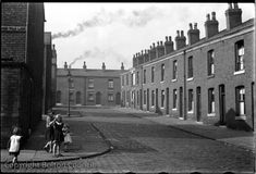 Horatio Street photographed by Humphrey Spender