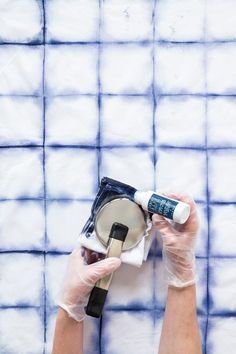 Make beautiful textiles for your home and life with the Indigo Blue Textile Kit. Choose from a variety of techniques including shibori folding, dip-dying and dye resist for making patterns and designs with the indigo blue textile ink.