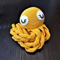 Maria A: Ohje: Virkattu mustekala Baby Staff, Knitting Projects, Tweety, Projects To Try, Owl, Crochet Hats, Celine Dion, Amigurumi