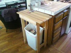 IKEA Hackers: Simple kitchen island from bed slats