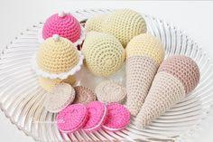 Prinsessajuttu: Virkatut herkkusetit Handicraft Ideas, Diy Crochet, Crotchet, Crafts To Do, Crocheting, Sweets, Knitting, Kids, Amigurumi