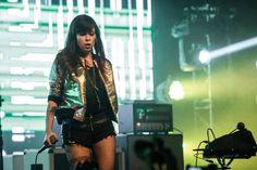 Com ingressos esgotados, Pitty lança novo álbum em show em São Paulo - Fotos - R7 Música