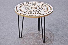 Stolik Moderna Koronka Babci w Maszyna Kreacji na DaWanda.com Decor, Furniture, Stool, Side Table, Table, Home Decor, Shopping List