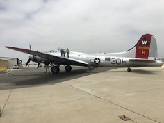 EAA B-17G Getting Ready For Flight