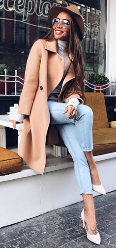 fashionable outfit / hat + nude coat + skinny jeans + heels + top #omgoutfitideas #streetfashion #womenswear