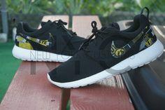 Iowa Hawkeyes Nike shoes