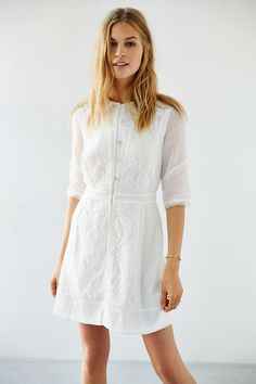 URBAN OUTFITTERS SOLD OUT AVAILABLE IN X-SMALL ONLY https://www.thelittleboutique.com.au/stevie-may-rose-panelled-mini-dress.html