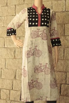 Salwar Designs, Kurti Designs Party Wear, Blouse Designs, Kurta Patterns, Dress Patterns, Pakistani Fashion Party Wear, Indian Fashion, Kalamkari Dresses, Kurta Neck Design