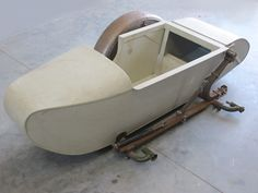"""BMW sidecar """"ROYAL"""" 281 with frame and leaf spring, replica For more photos, please visit this products webpage Mini Motorbike, Mini Bike, Harley Davidson Sidecar, Bike With Sidecar, E Biker, Kids Ride On Toys, Reverse Trike, Wooden Car, Cargo Bike"""