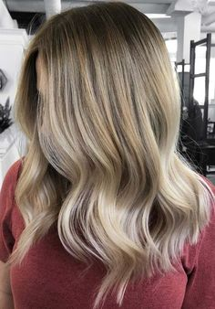 25 Face Framing Balayage Blonde Hairstyles & Hair Colors in 2018. Find here the sensational shades of balayage blonde hair colors for long and medium length hair in 2018. You know balayage is one of the french hair coloring techniques which has now become most popular hair coloring choice around the world. You may mix it up with various blonde hair color shades to make them look more attractive.