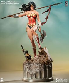 "Wonder Woman Premium Format™ Figure by Sideshow Collectibles. 25.5"" tall."