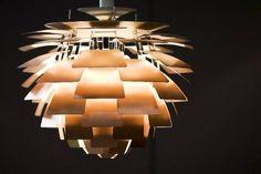 ph PH Koglen lampe anses for at være en klassisk mesterværk designet af Poul Henningsen mere end 40 år siden. PH Kogle er den ultimative stil-ikon. Strukturen af PH Kogle er lavet af
