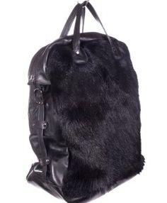Illuu horse fur and leather black. Leather Backpack, Horse, Fur, Backpacks, Bags, Women, Fashion, Handbags, Moda