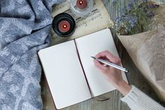 Journaling can be a useful tool for anxiety relief. The following journal plan can help you to turn your anxious thoughts into empowering beliefs. Positive Thinking Exercises, Depression Support, Mental Health Support, Negative Self Talk, Writing Words, Anxiety Relief, Positive Attitude, Health And Wellbeing