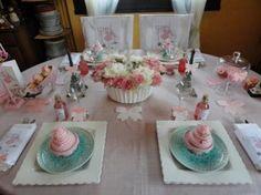 Une table d'anniversaire girly et gourmande