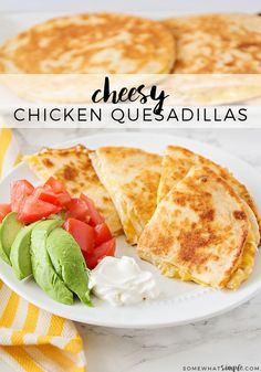 Easy Cheesy Chicken Quesadilla Recipe A no-stress meal for a busy weeknight dinner, this cheesy chicken quesadilla recipe is simple and delicious! quesadilla recipe Easy Cheesy Chicken Quesadilla Recipe - Somewhat Simple Cheesy Chicken Quesadilla Recipe, Cheese Quesadilla Recipe, Healthy Quesadilla, Chicken Quesadillas, Quesadilla Maker Recipes, Quesadilla Sauce, Taco Bell Quesadilla, Low Carp, Queso Cheddar