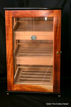 Display humidor by SalterFineCutlery.com