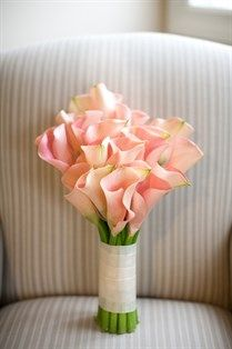Pink calla lily wedding bouquet | Photo by Andrew Jade Photography