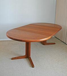 Vintage mid century Danish modern teak dining table 2 leaves eames era